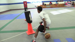 Mercadel Basketball Tip 3 Behind the Back 2X Finish with Left Hand